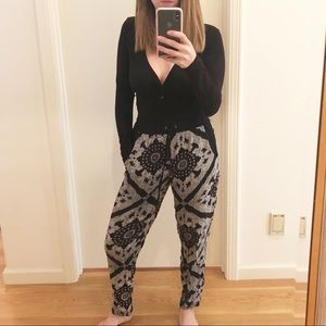 Comfy Black & White Draw String Joggers